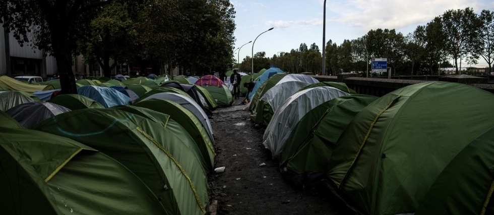 visuel_Camp-de-migrant.jpg