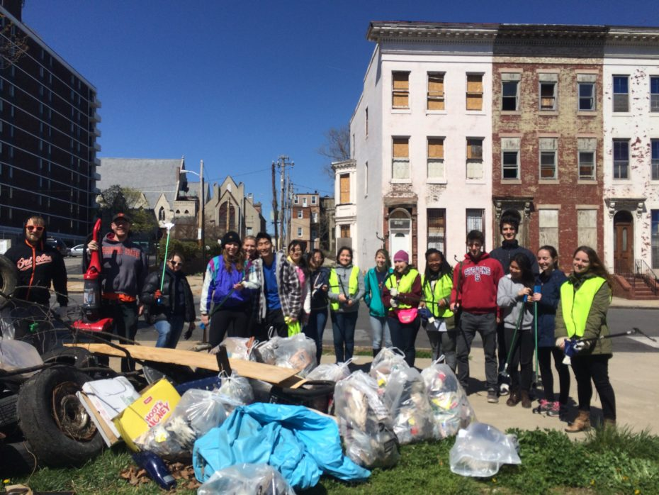 People's_Community_Lutheran_cleanup_event_image.jpg