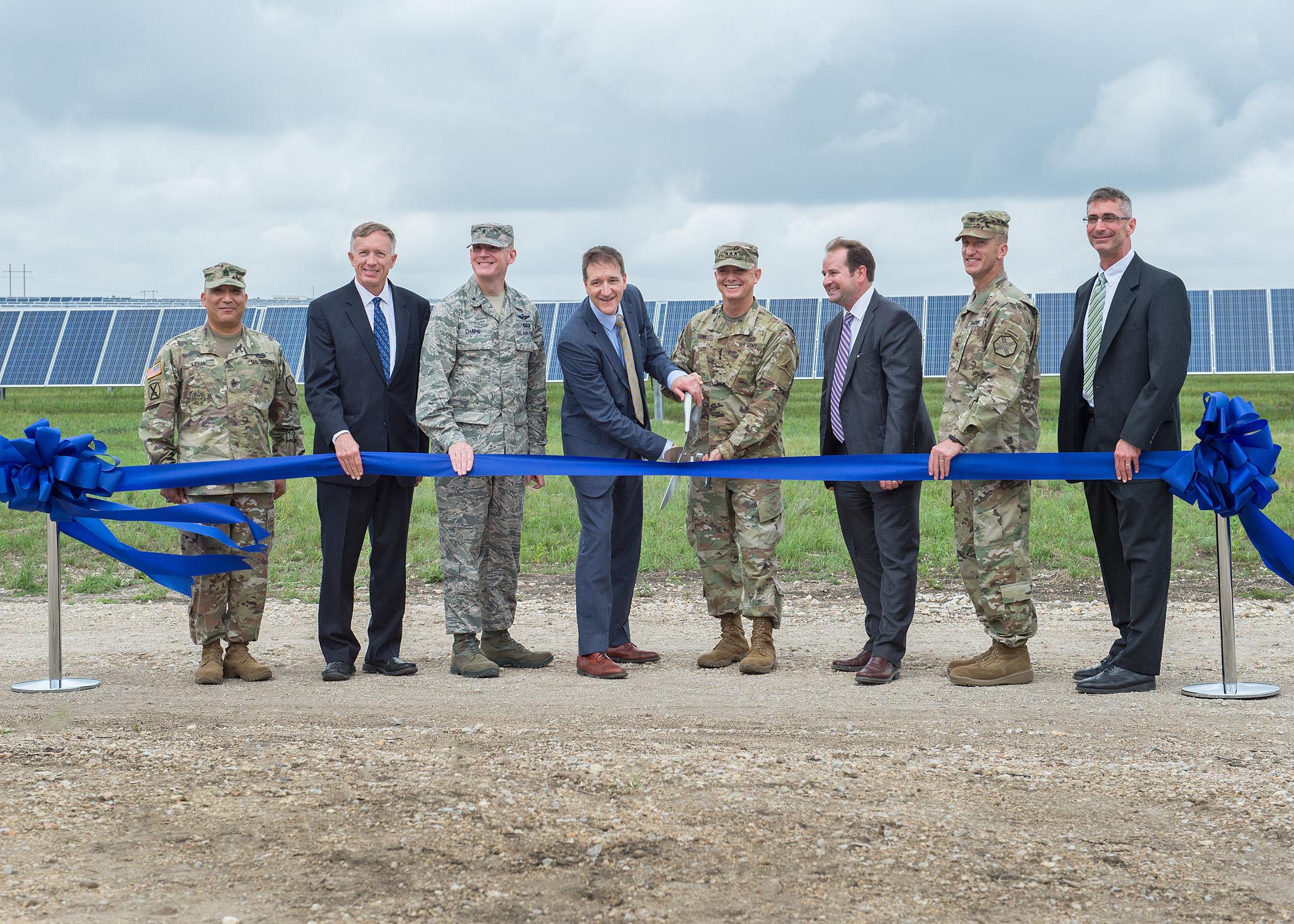 Fort_Hood_Ribbon_Cutting.jpg