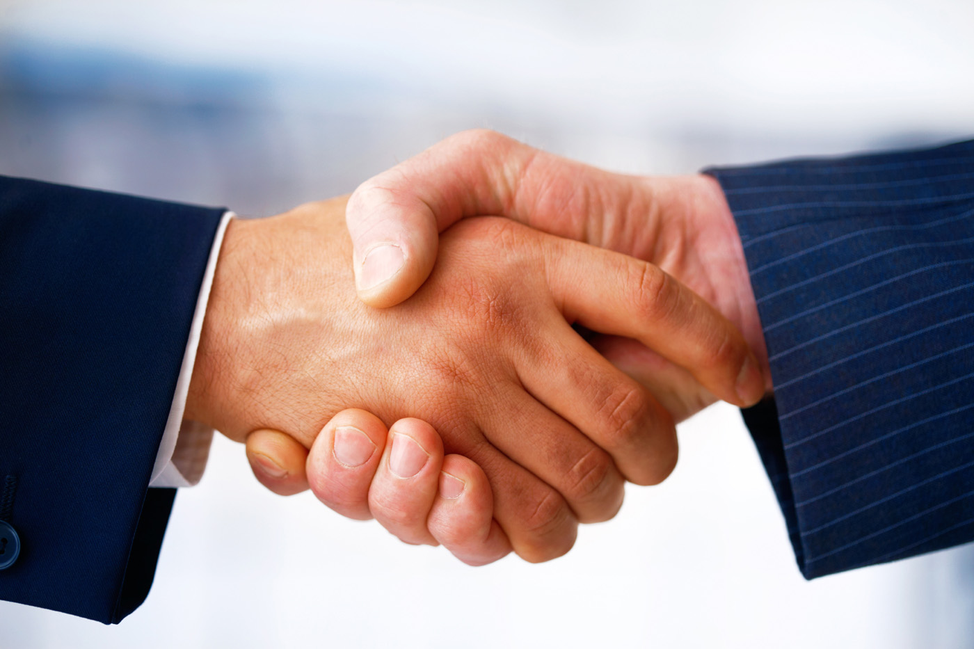 FreeGreatPicture.com-26297-cooperation-handshake.jpg
