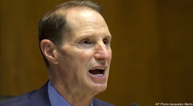 Ron-Wyden-serious-cropped-proto-custom_28.jpg