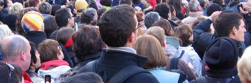 comms-crowd-people-audience2.jpg