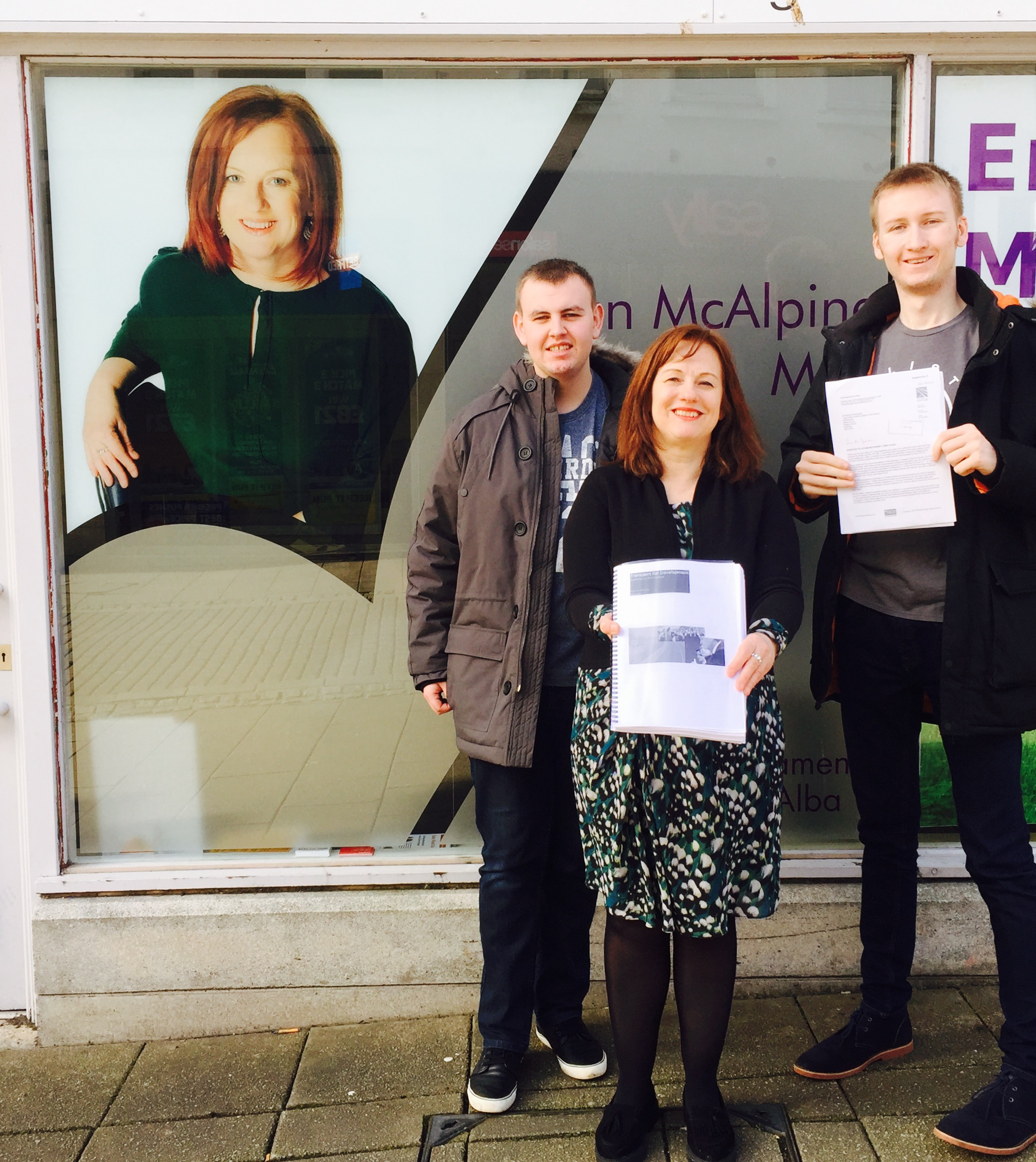 Joan_McAlpine_and_Dual_the_A75_campaign.jpg