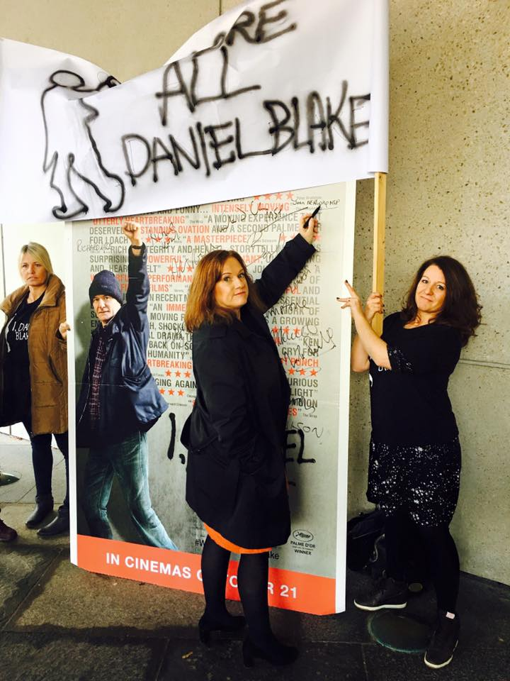 Joan_signing_I_Daniel_Blake_Petition.jpg