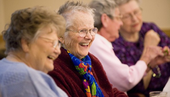 dublin-ca-senior-center-happy-seniors-570x325.jpg