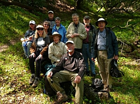 Senior_Hiking_Group.1.JPG