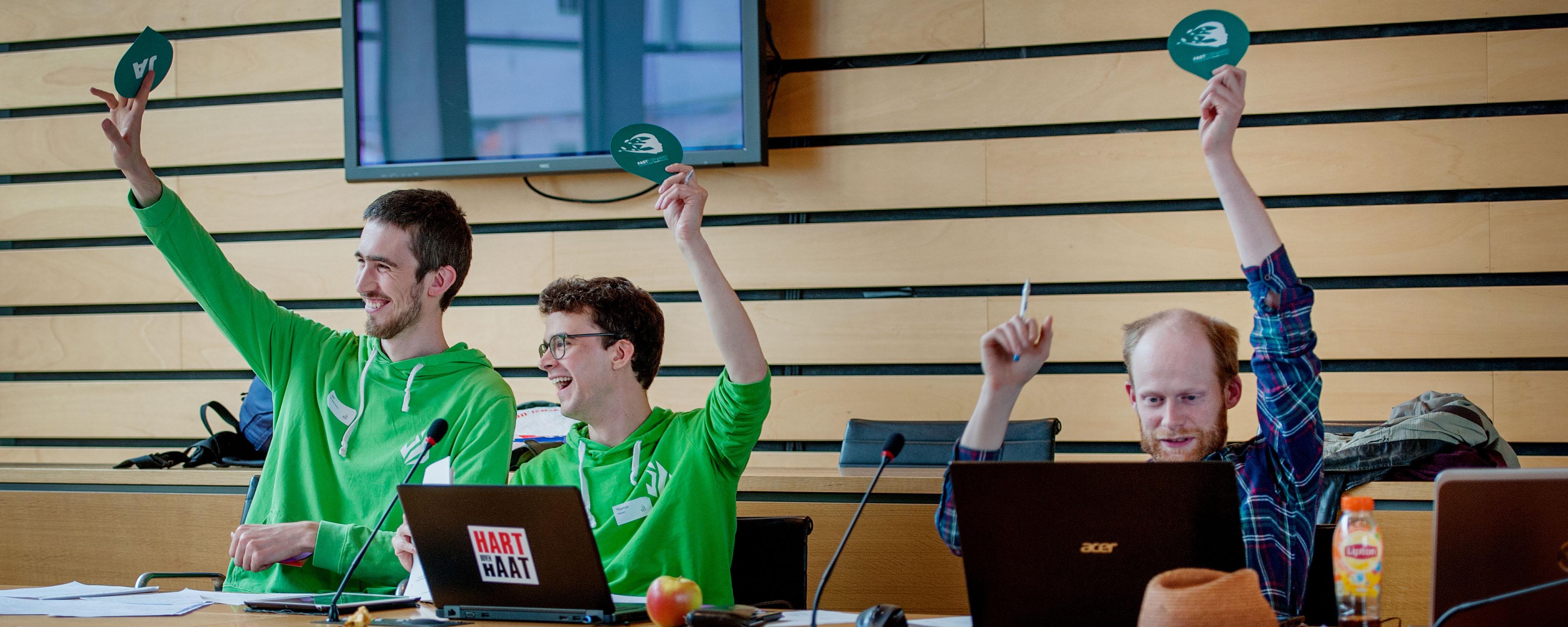 <h2>Discussieer en stem</h2><div>Discussieer mee en stem als lid van Jong Groen onze officiële standpunten.