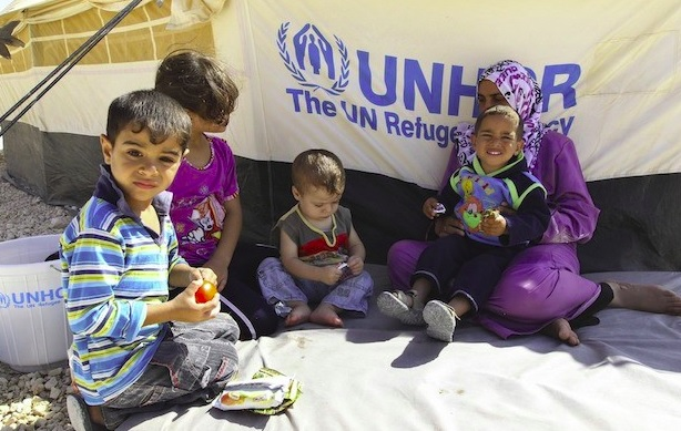 syrian_refugee_tent_and_children_.jpg
