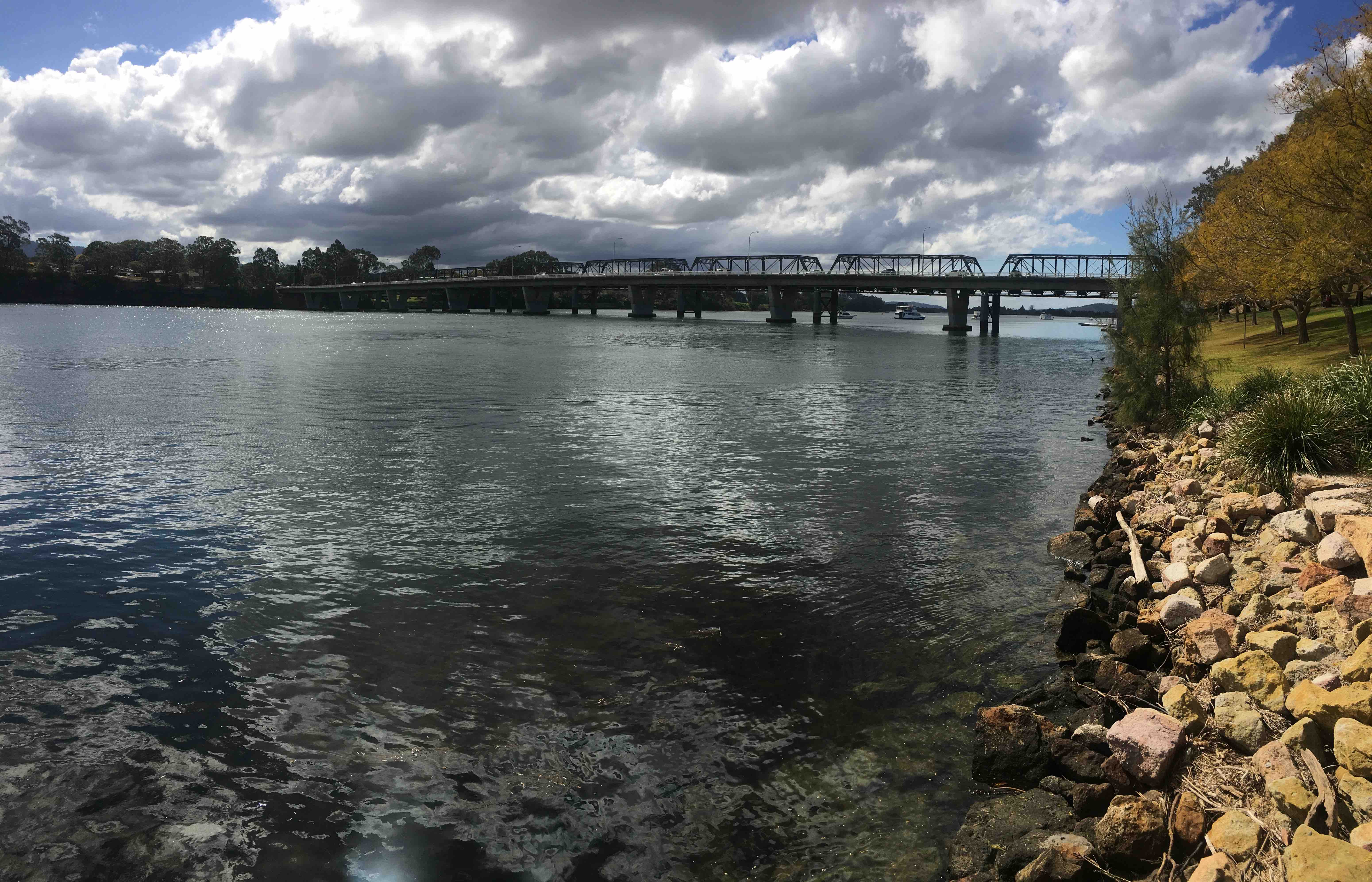 Sydney set to suck more water from thirsty Shoalhaven River as Minister suspends transfer rules