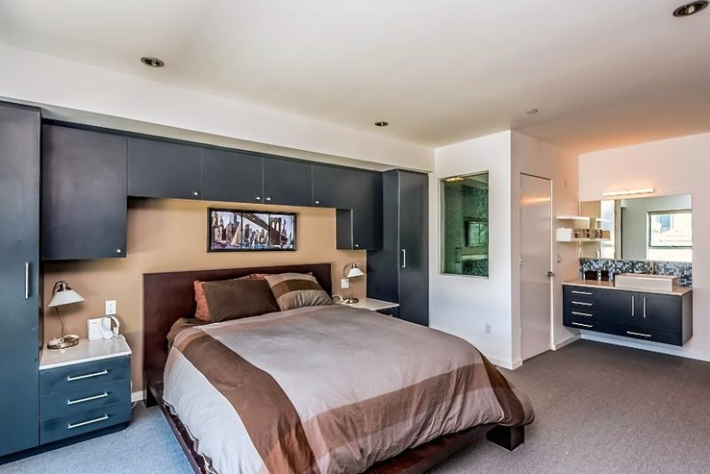 7_-_bedroom.jpg