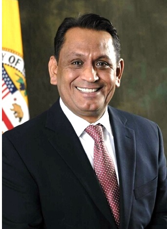 Cedillo_City_Hall.jpg