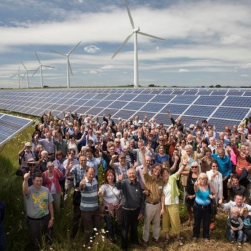 Community-Energy-Group-of-People-360x360.jpg
