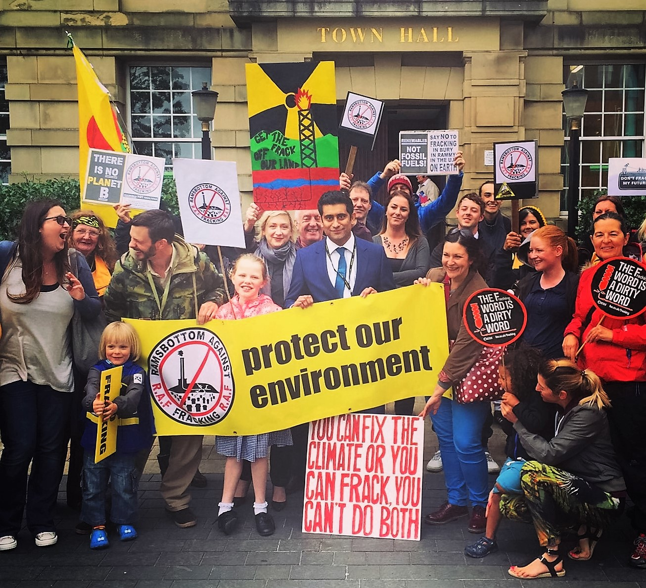 Pic_1_Fracking_protest.jpg