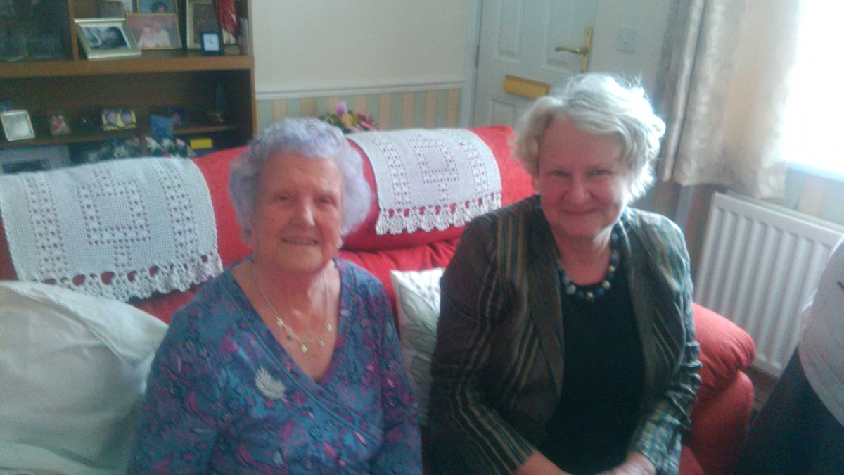 1.7.16_Helen_visits_Ella_on_her_100th_birthday.jpg