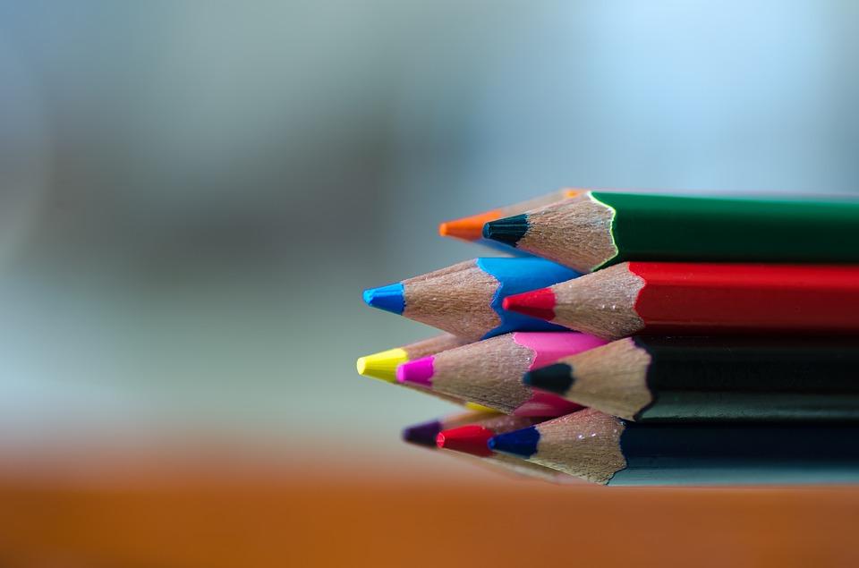 colors-1064976_960_720.jpg