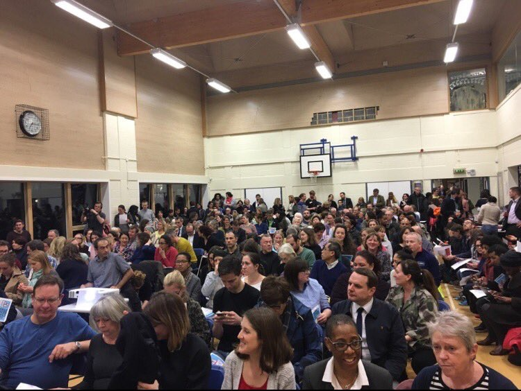Pic3_-_Huge_community_turnout_at_last_Fair_Funding_for_Lambeth_meeting.JPG