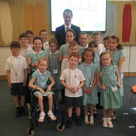 Sefton Central Labour MP Bill Esterson with the pupils of Summerhill Primary who visited Parliament this week.