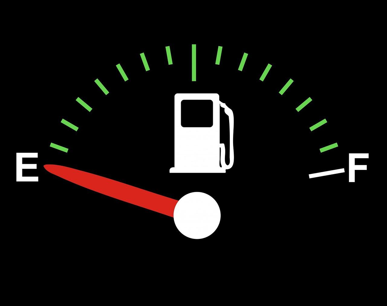 fuel-gauge-163728_1280.jpg