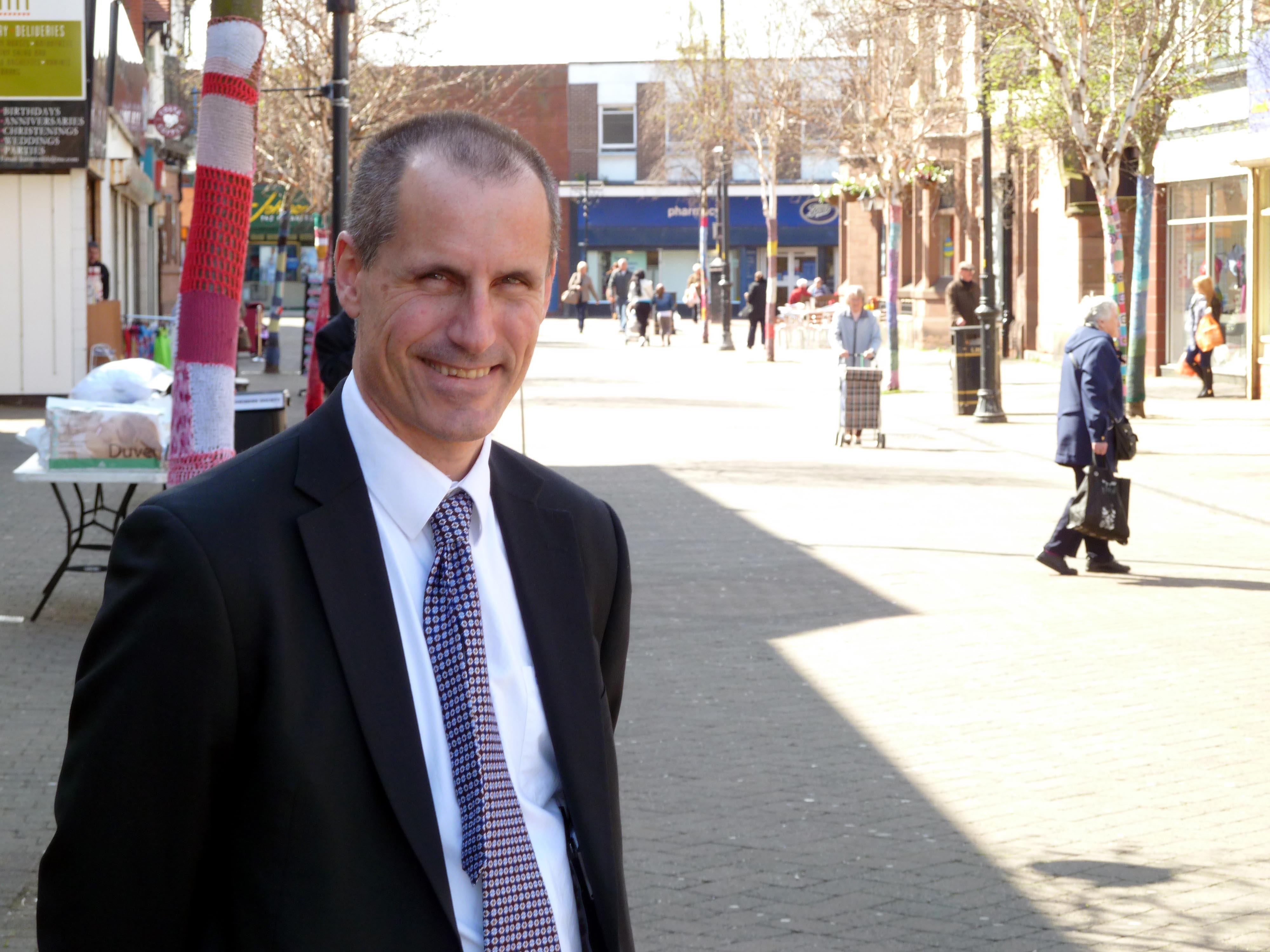 Sefton Central Labour MP Bill Esterson has welcomed news that Sainsbury's are preparing to sell their properties in Crosby Village.