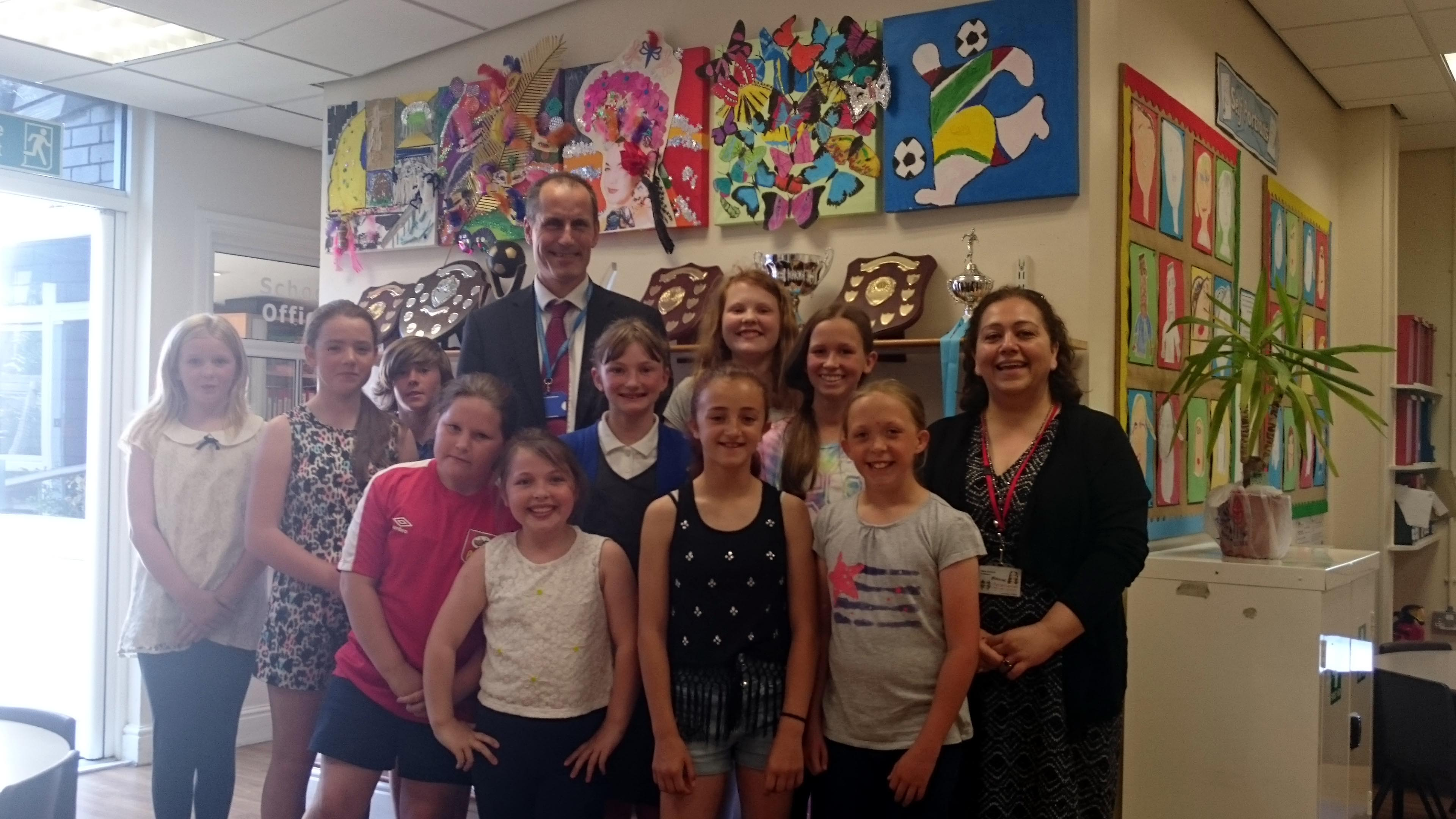 Sefton Central Labour MP Bill Esterson with staff and pupils during his visit to Crosby's Valewood Primary.