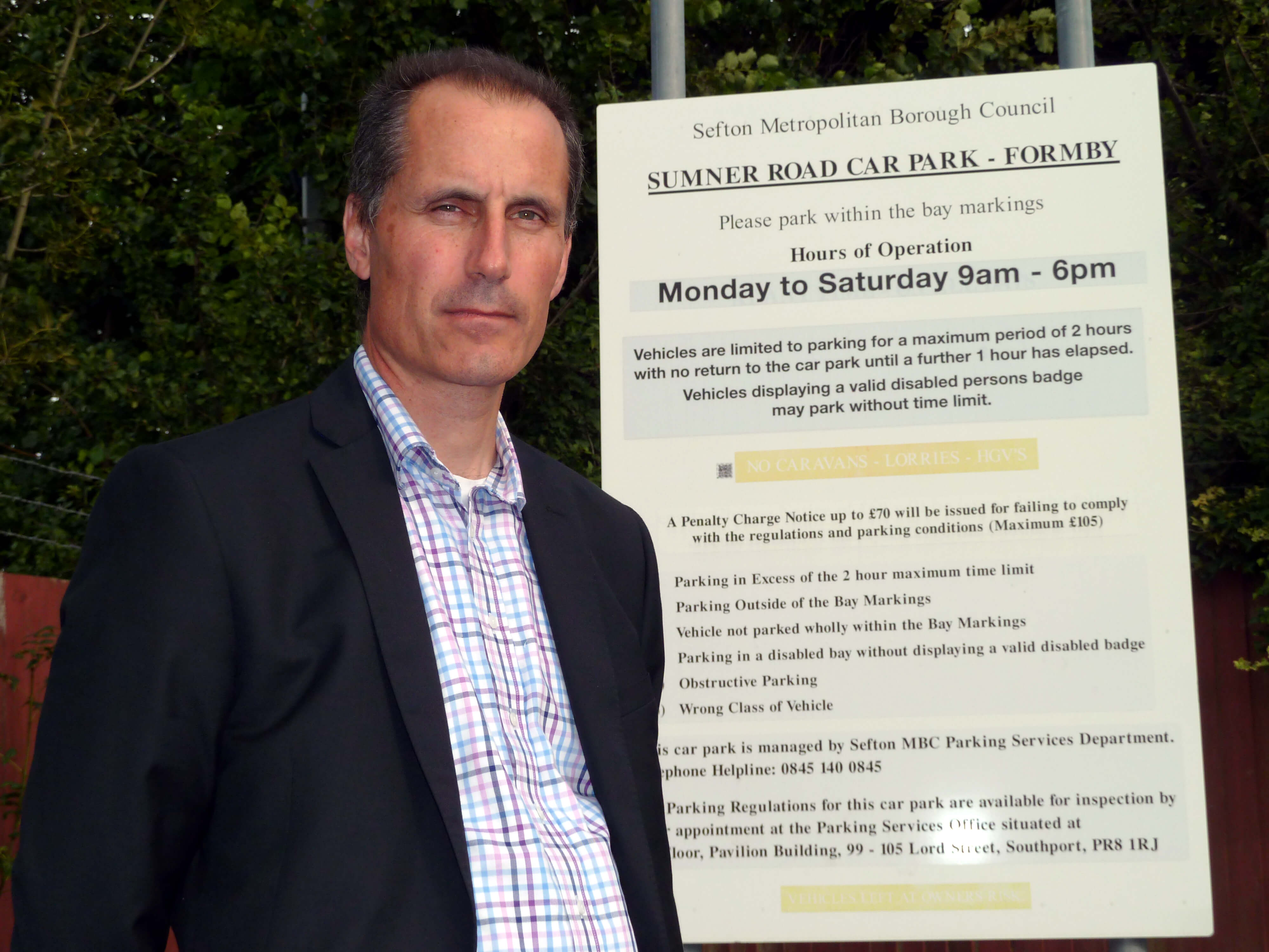 Bill Esterson is opposing plans to introduce parking charges at Sumner Road car park.