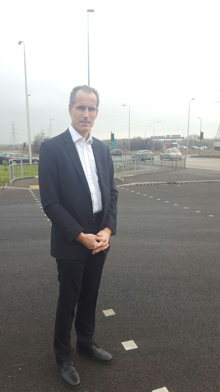 Sefton Central MP, Bill Esterson has written to the Transport Secretary to demand changes be made to Switch Island as a matter of urgency.    The move by the MP follows the latest series of accidents at the busy junction, which followed the opening of the new Broomes Cross Road or Thornton by-pass....