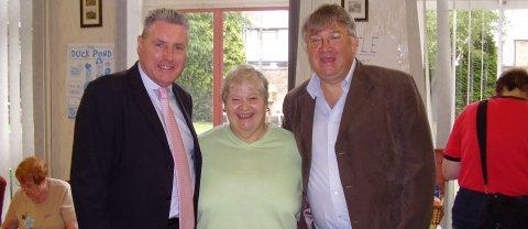 Vernon, Doreen Richardson and Cllr Darrell Pulk