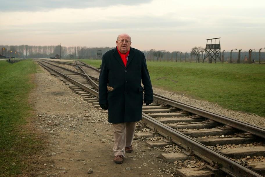 Auschwitz_mike.jpg