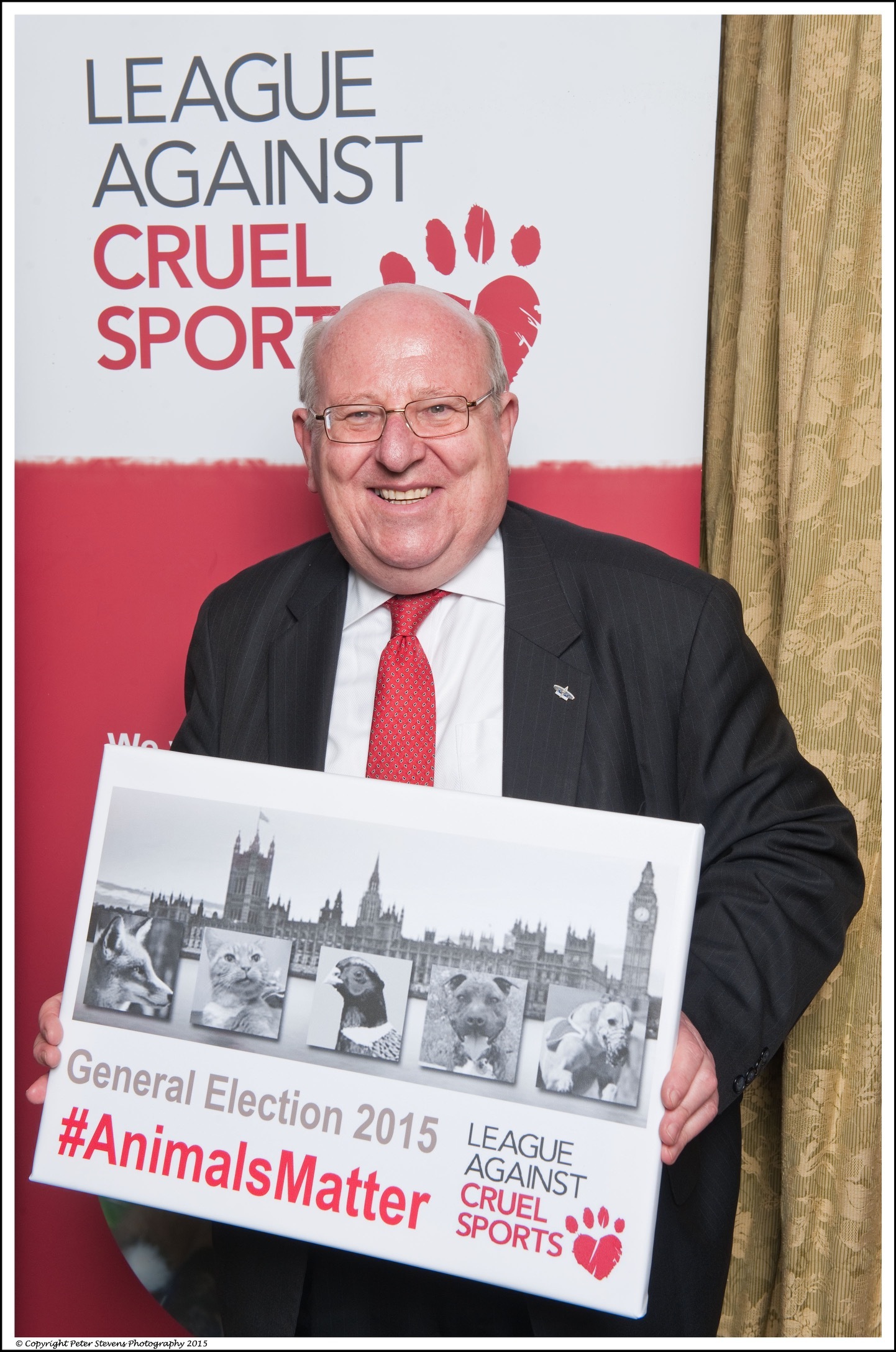 Mike Gapes supporting animal welfare