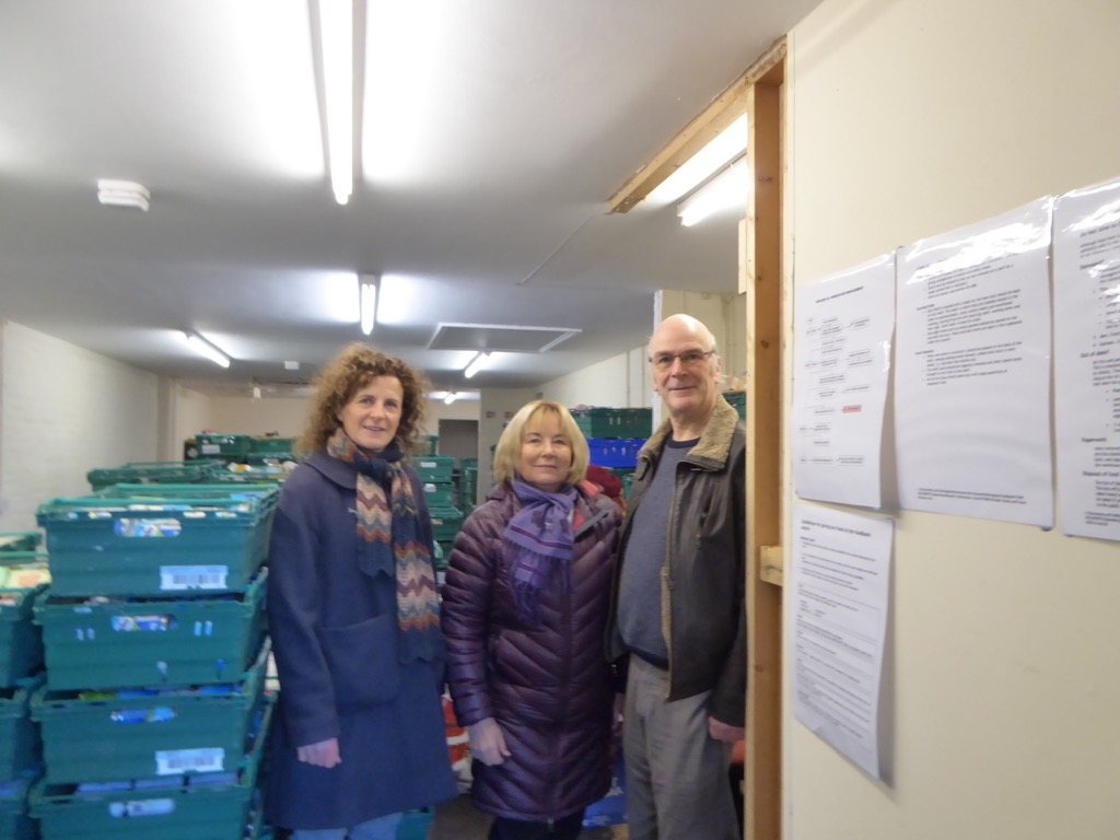 Foodbank_collection_2016_Nov.jpeg
