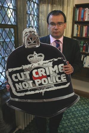 cut_crime2.jpg