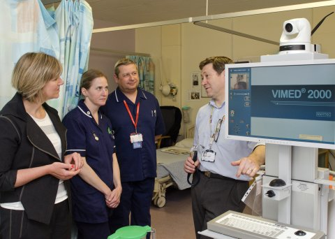 Lilian meets staff at NUH Stroke Services