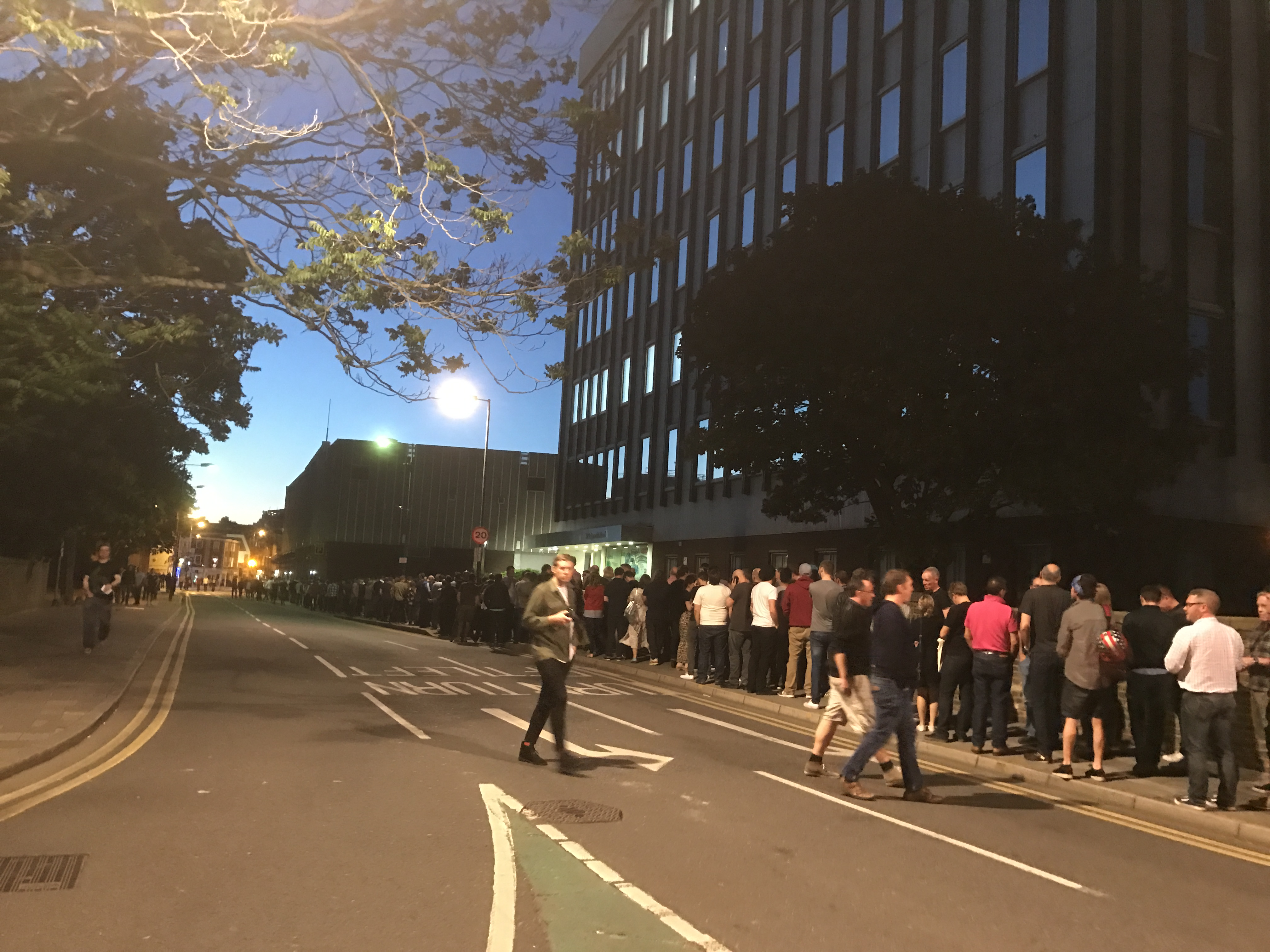 Kingston locals queue to see The Charlatans at The Hippodrome (May 2017)