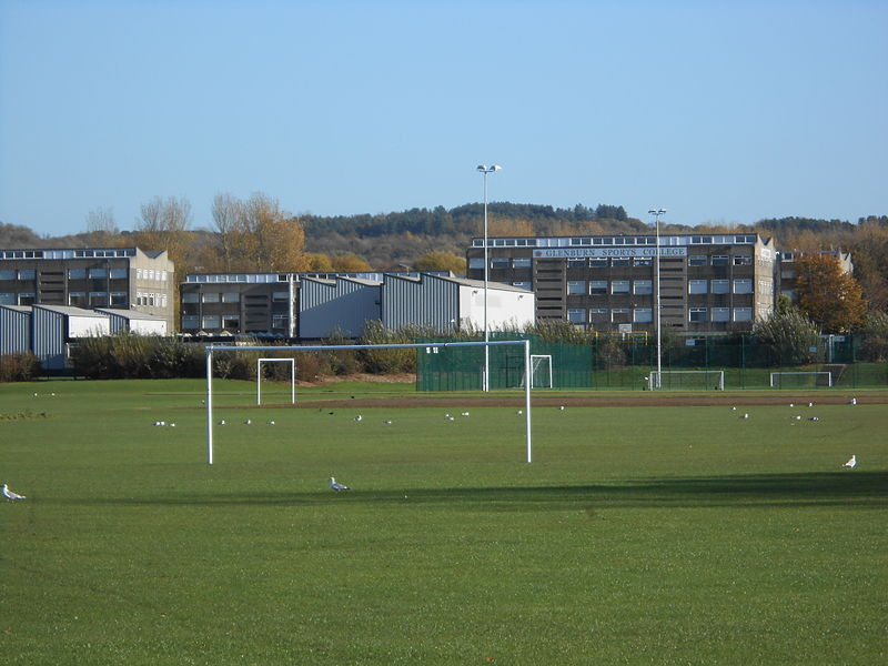 Glenburn_Sports_College__Skelmersdale_(1).JPG