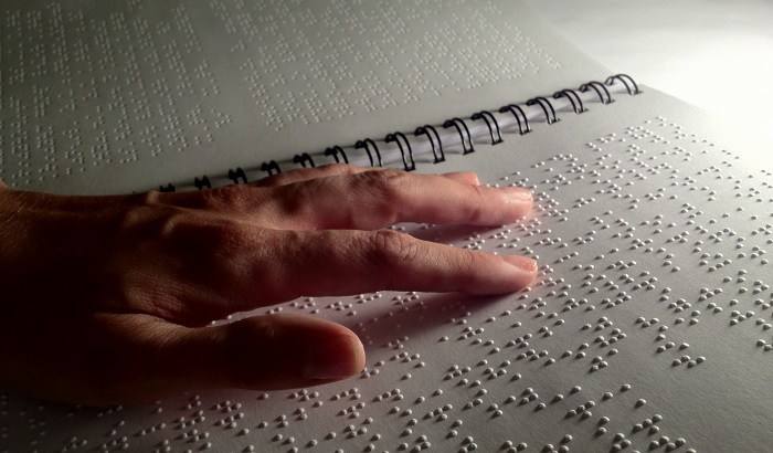 Braille-book-700x410.jpg