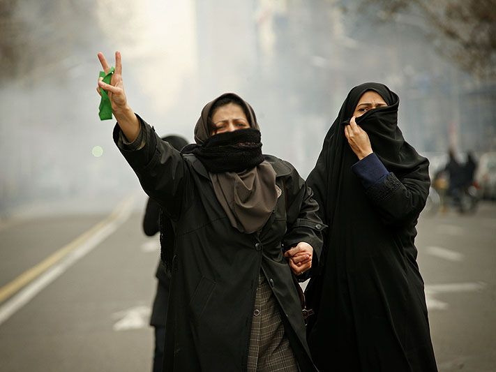 Iranian-Green-Protesters-highres.jpg