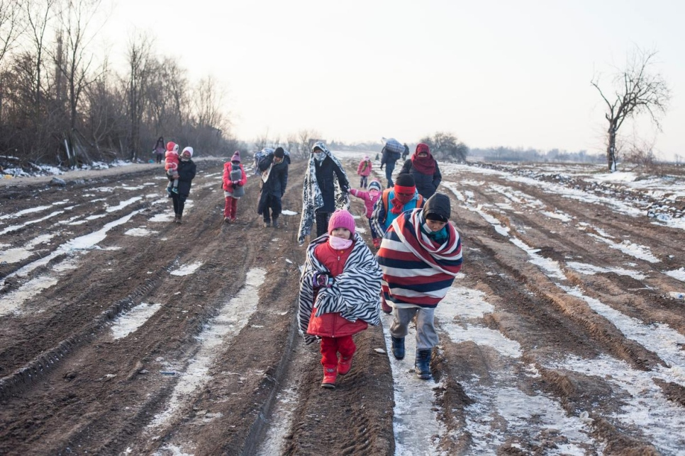 refugees_in_freezing_conditions.jpg