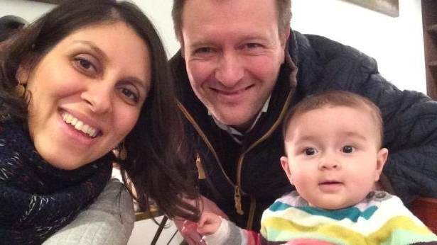 nazanin-zaghari-ratcliffe-with-her-husband-richard-and-their-daughter-gabriella-br__93436_.jpg