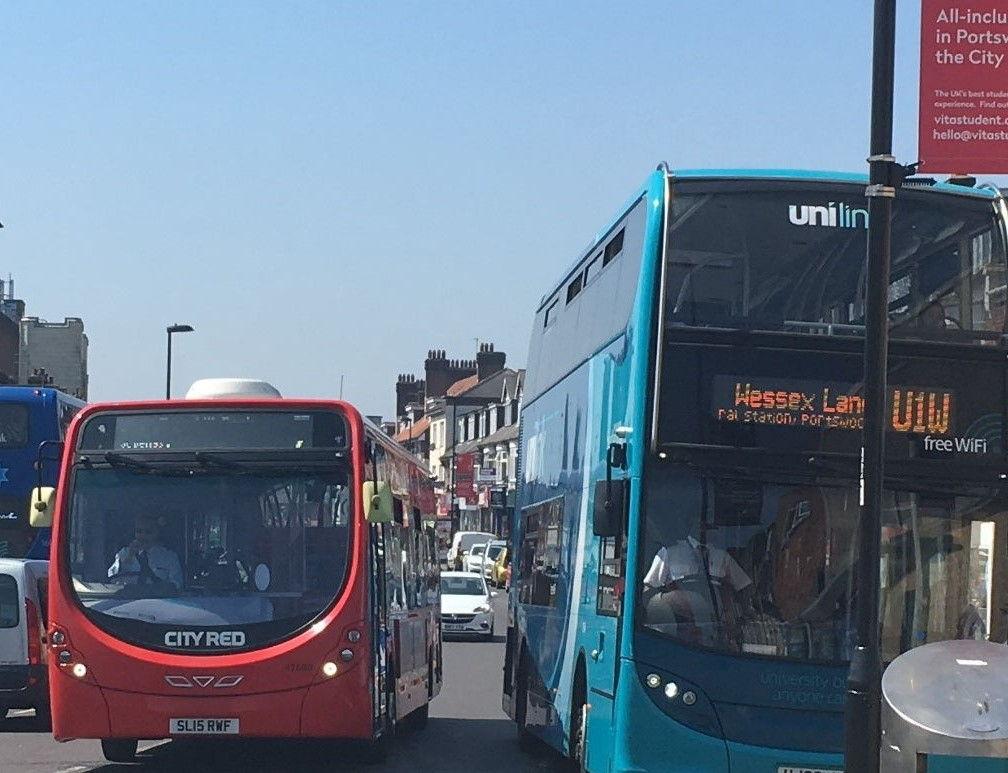 Buses_croped.jpg
