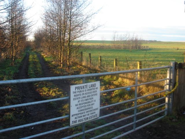Hulton_estate_private_land_next_to_M6_motorway_-_geograph.org.uk_-_98746.jpg
