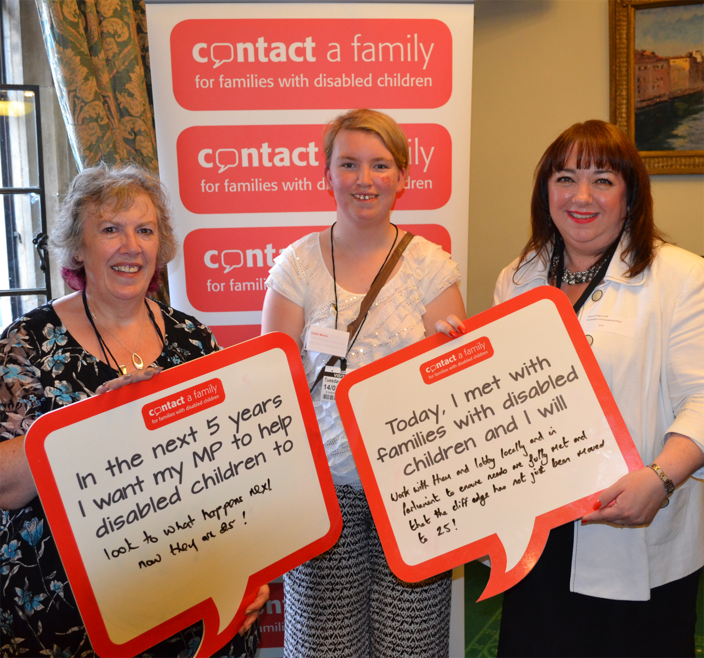 Sharon_Hodgson_MP_with_Maureen_Morris_and_daughter_Caitlin_Cropped.JPG
