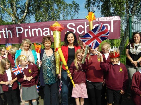 Torch relay CF w Warmsworth Primary