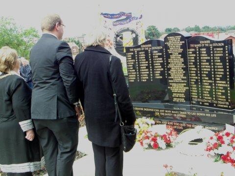 Conisbrough councillors lay wreath