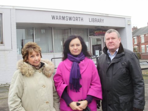 Elsie, Caroline, Bob at Warmsworth