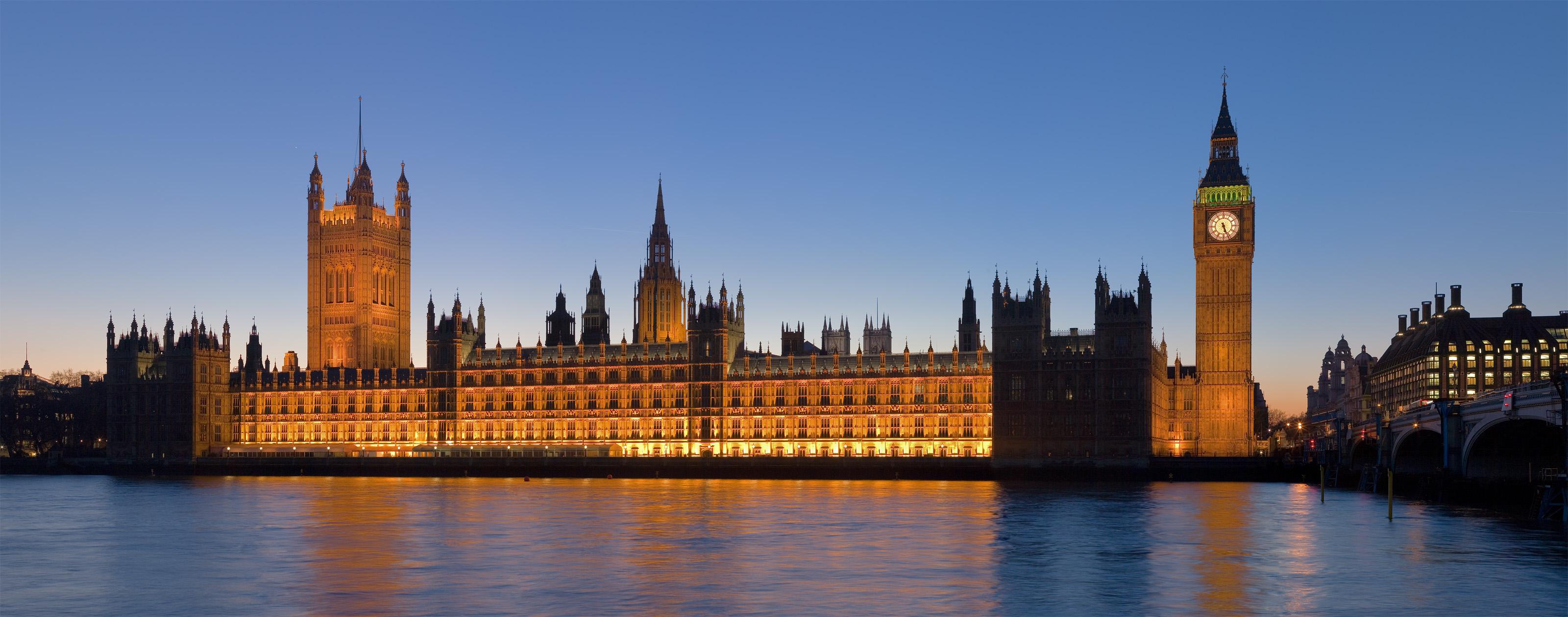 Palace_of_Westminster__London_-_Feb_2007.jpg