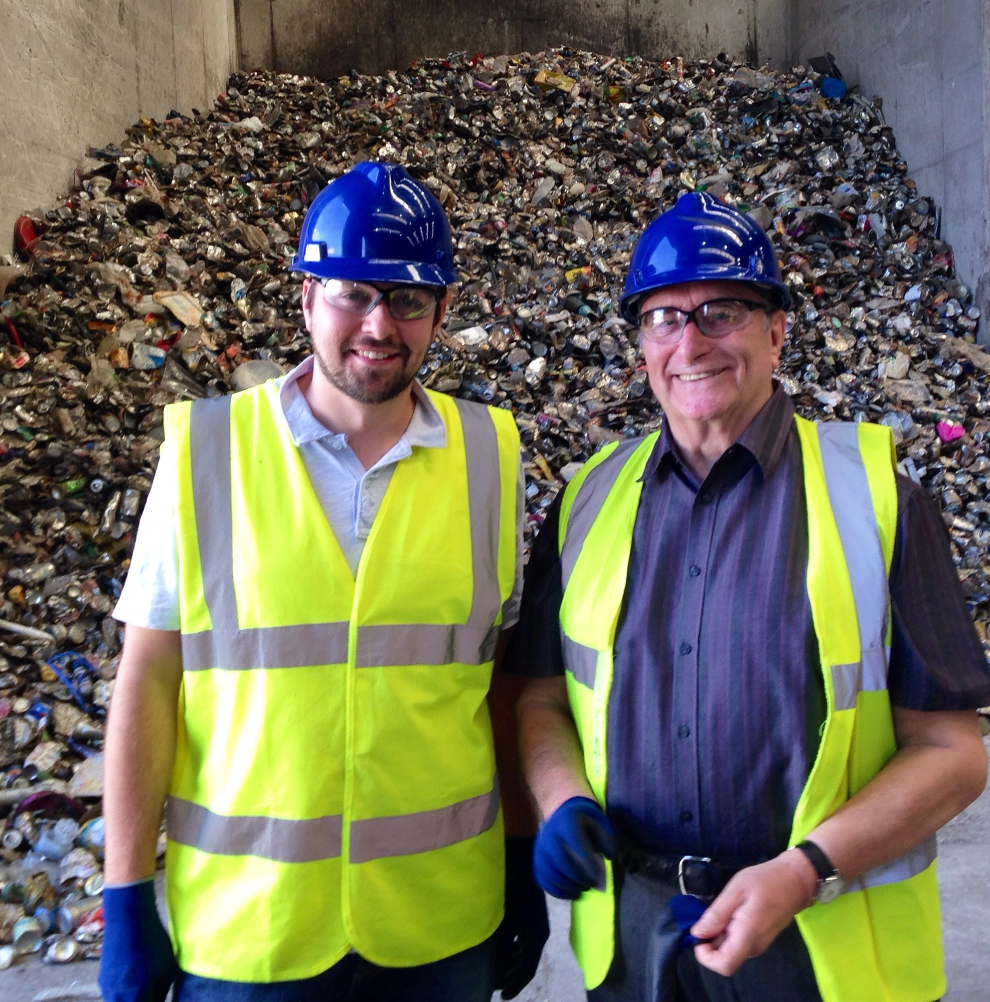Pic_at_Recycling_Plant.JPG