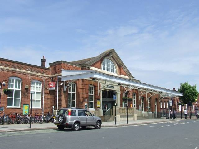 Worthing Train Station