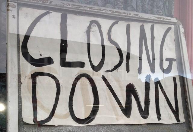Liz_closing_down_(2).jpg