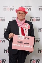Alan_Campbell_MP_wear_it_pink_web.jpg