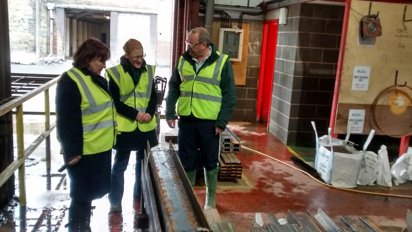Kerry_McCarthy__Holly_Lynch_MP_Sowerby_Bridge_Floods.jpg